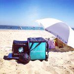 Livraison sur la plage avec DELIVEROO !